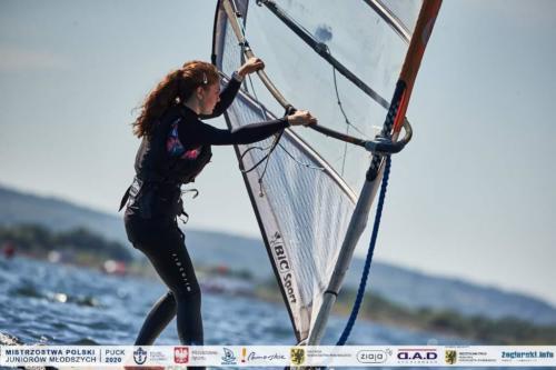 mos2-windsurfing-10