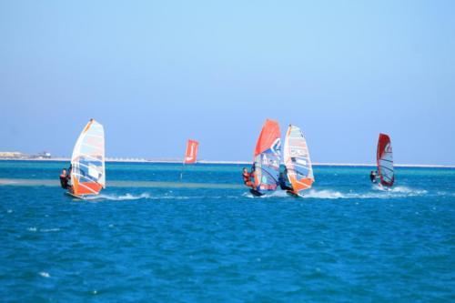 mos2-windsurfing-9